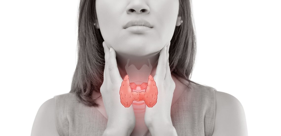 A picture showing where thyroid cancer would affect a person.